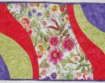 Finished Table Runner - Breezy Floral