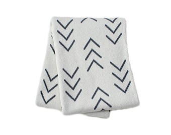 Cotton Knitted Throw Blanket - Nomad - Ivory and Pewter Grey - Made with 80% Regenerated Cotton Fibers