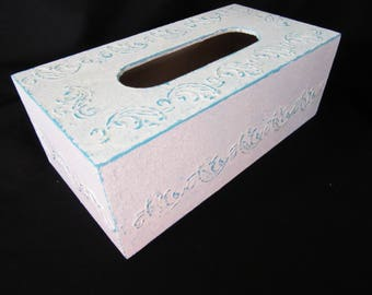 Shabby tissue box cover // White and Turquoise