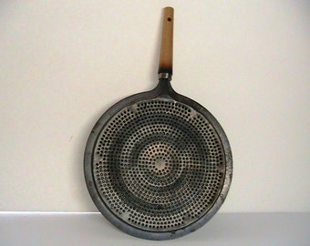 Splatter Lid, Vintage Metal Splatter Lid, Vintage Kitchenware