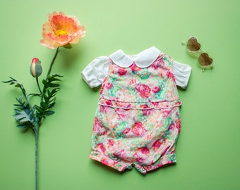 Vintage 80's Deadstock NOS Pink and Green Floral Peter Pan Collar Onesie / Overalls Romper Playsuit / 12 Months Baby Girl Jumper