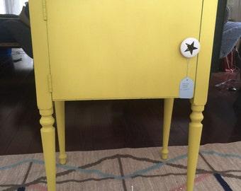 Sunny side - small furniture english yellow Chalk paint™
