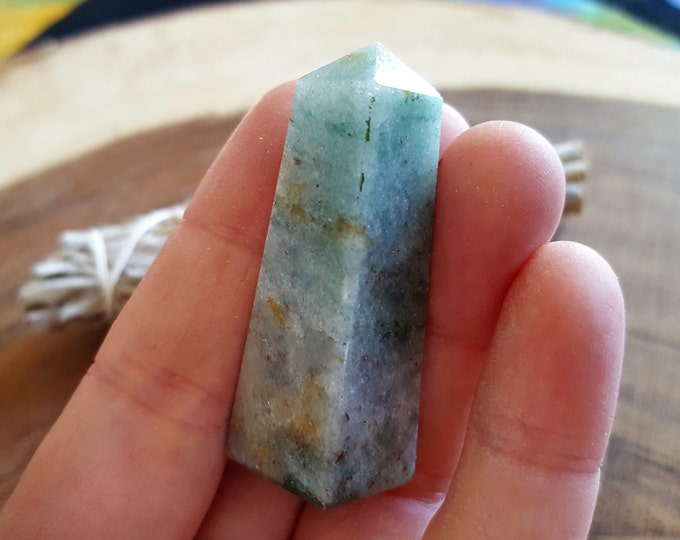 Green Aventurine (Adventurine, Avanturine, Aventurine Quartz, Indian Jade) ~ 1 Reiki infused crystal Obelisk approx 1.9 x .6 inches (OBE19)