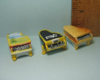 Tiny BABY GRAND PIANO Pianos Musician Musical Instruments - French Feve Feves  Doll House Miniatures  H20