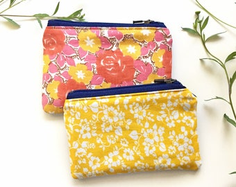 Eco-Friendly Coin Purse / Reclaimed Denim Vintage Floral / Small Zipper Pouch / Yellow Pink Blue Purse / Purse Organizer Insert