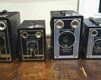 2 Matched Sets (4 cameras) Kodak Eastman, Brownie Target Six-16 & Kodak Eastman, Brownie Target Six-20