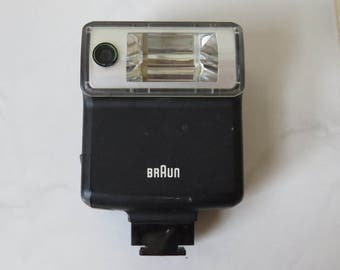 Vintage Braun Camera Flash Hobby 17BC Hot Shoe Mount