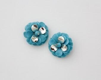 Vintage Earrings // Blue And Silver Plastic Flower Petal Clip On Earrings