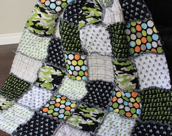 Rag Quilt, Toddler Quilt, Millitary Max, Army Quilt, Camo Toddler Bedding, Army Men Quilt, Army Toddler Quilt, Ready To Ship