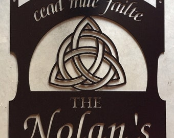 Personalized, metal sign with IRISH CELTIC KNOT