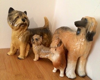 4xEnglish pottery // Collectable Dog Oraments figurines. Made in England,