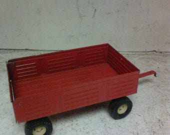 Ertl toy wagon