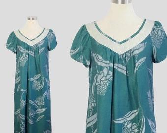 Hilo Hatties Dress / Vintage Hawaiian Dress / Cotton Dress Medium / Cotton Hawaiian Dress / Sage Green Boho Dress / Green Hawaiian Dress