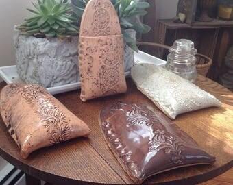 "8"" Stoneware Ceramic Wall Pocket /Planter"