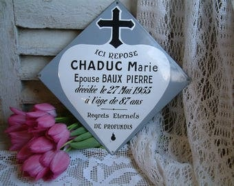 Vintage french enamel grave marker. Enameled cemetary marker. Enamel funerary plaque. Memento mori. Tombstone plaque. Curiosites cabinet