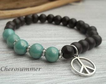 Yoga wrist wood and ceramic beads Mint