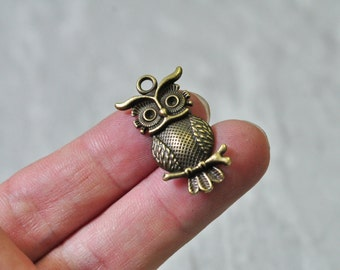 25pcs Antique Bronze Owl Charm Pendant 15x31mm N517
