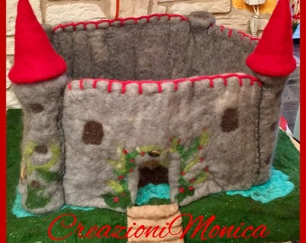 Fairy tale castle in carded wool, play mat for children in style Waldorf.