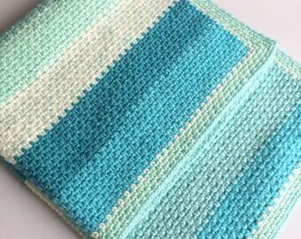 Blue ombre crochet baby blanket, moss stitch , stroller