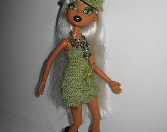 Bratz handmade crochet olive green short dress and hat.  Beautiful and unique doll clothes