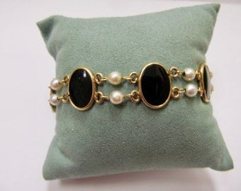RESERVED UNTIL 6-22-17 Vintage 1/20 12kt Gold Filled Black Onyx and Cultured Pearl Bracelet Item W # 44