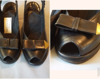 Vintage 1940s Black Leather Peep Toe Sandal Wedges by Town and Country