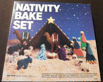 1992 Nativity Bake Set