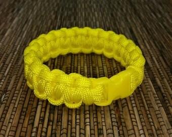 Yellow Paracord Bracelet - Yellow bracelet - Military Style Paracord Bracelet - Survival gear - Camping gear - Paracord Yellow Bracelet