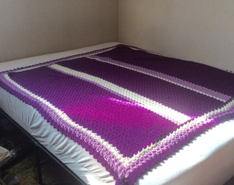 Purple lavender and white hand made crocheted blanket throw afghan. Free ship to US