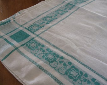 SALE! Vintage Tablecloth 6 Napkins Jadeite Green White Damask Cotton Set To Die For!
