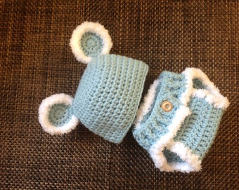 Baby boy diaper cover and hat set