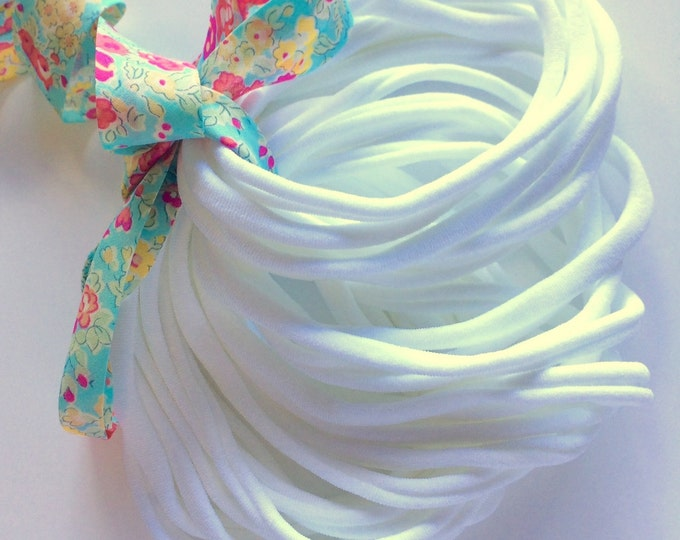 FREE POST Domestic 50 Pieces Thin Wholesale Nylon Elastic Stretch Baby Headbands WHITE One Size Fits All   5-6 mm   26cm  