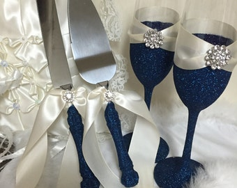 Navy blue cake server, navy blue flutes, champagne glasses, toasting flutes, cake server, blue cake server set, navy blue wedding