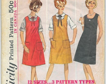 1964 MIsses A Line Jumper or Dress and Peter Pan Collar Blouse