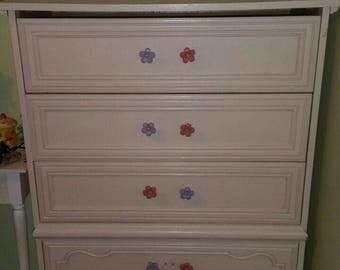 Light pink Vintage chest drawer