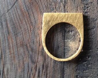 Modern stacking ring set. Geometric gold rings.