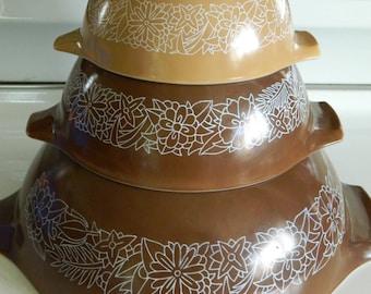Woodland Brown Pyrex Cinderella mixing bowls 441/442/444