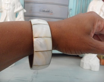 """Vintage Mother of Pearl Bangle w Brass Banding Urban Gypsy Square Bangle Shell Bangles White 7/8"""" Wide Bangle Bracelet Brass Bangle Bracelet"""