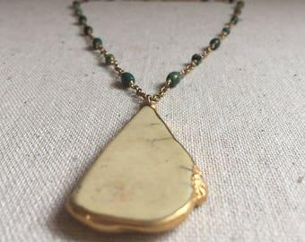 Turquoise gemstone pendant gold necklace