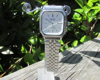 Seiko mens watch, silver seiko men watch, square face seiko,silver seiko watch, seiko watch silver, genuine seiko watch men, vintageseiko