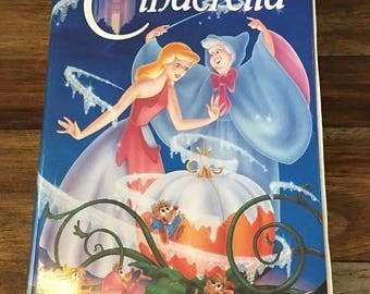 Vintage Disney VHS Black Diamond Edition - Cinderella