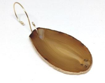 Agate Ornament // tan agate slice ornament, agate sun catcher, stone ornament, geode ornament, crystal ornament, christmas gift under 15