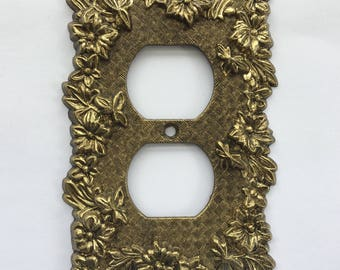 Cast Brass Metal Electrical Socket or Outlet Cover Plate 3108 - Daisy Floral Border & Lattice Texture - Vintage Electrical Decor Accessory