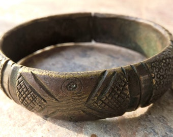 Vintage West African Currency Bracelet,Solid Brass Bangle, Heavy Brass Vintage Currency Cuff, West African Lost Wax Bracelet, African Brass