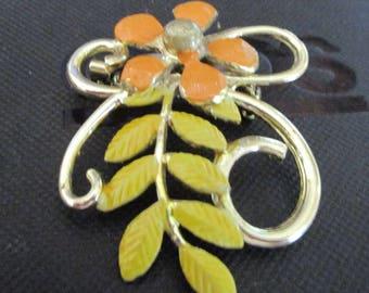 """vintage goldtone floral brooch orange enamel flower lemon leaves 2"""" x 1.5"""""""