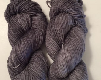 Hand Dyed Yarn worsted weight 100% superwash merino wool | Super soft | 100 gr | Sterling Silver | Free shipping in US