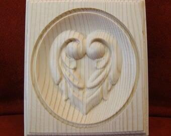 Applique Pine Wood Solid Embossed Unfinished Artist Heart Design