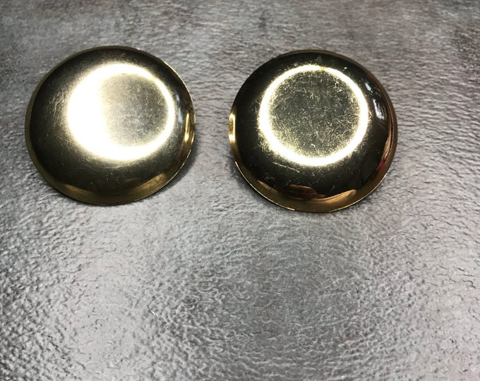 Vintage Estate Gold Tone Circular Mod Earring