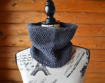 Gifts For Her, Gray Chunky Knit Cowl, Gray Infinity Scarf, Gray Knit Scarf, Gray Knitted Scarf, Gray Circle Scarf, Gray Knitted Cowl