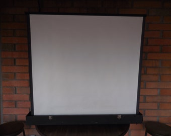 Radiant Portable Projector Screen